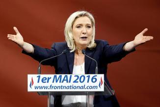 Le Pen chce rozmontować UE. Z Kaczyńskim