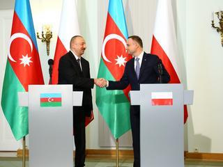 Andrzej Duda dał się wykorzystać satrapie z Azerbejdżanu