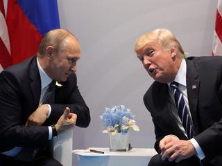 Spotkanie Putina z Trumpem zakończone remisem. Ale to i tak sukces Rosjanina