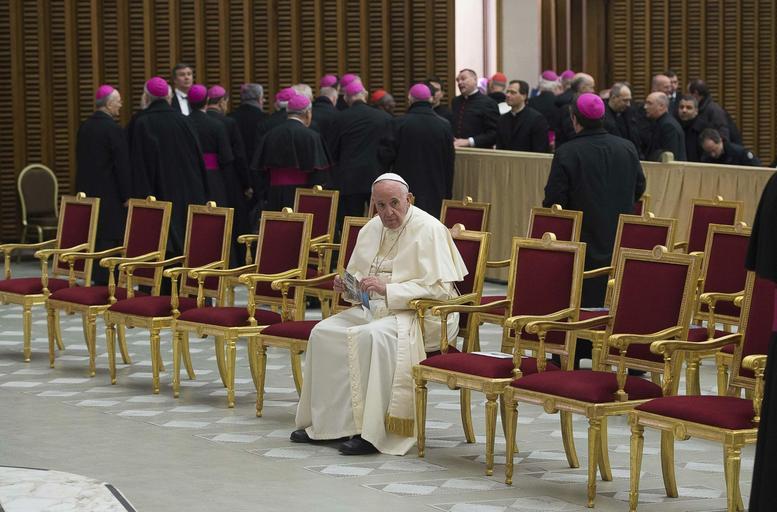 Papież Franciszek samotność papieża