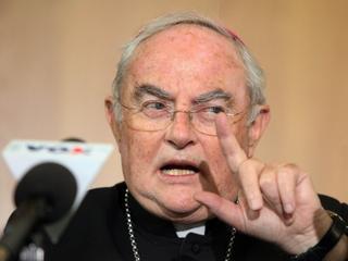 Abp Hoser: Pedofilia w Kościele nie jest częstsza niż w innych środowiskach