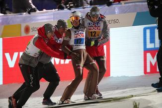 Mamy złoto! Historyczny triumf polskich skoczków na MŚ w Lahti