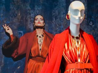 Mało kto zaprojektował tak wiele modowej klasyki. Kim był Hubert de Givenchy, największy arystokrata wśród projektantów?