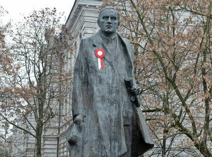 Pomnik Romana Dmowskiego