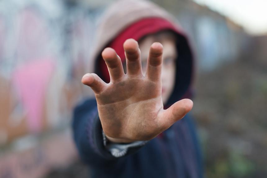 Konkubenta oskarżono też o okrutne gwałty na chłopcach, mających wówczas 7 i 9 lat.