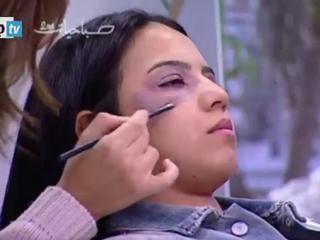 Porady w marokańskiej śniadaniówce? Make-up, który skutecznie ukryje ślady pobicia