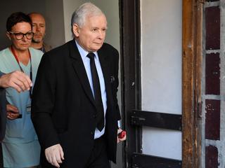 Jarosław Kaczyński opuścił szpital. Ale czeka go dalsze leczenie