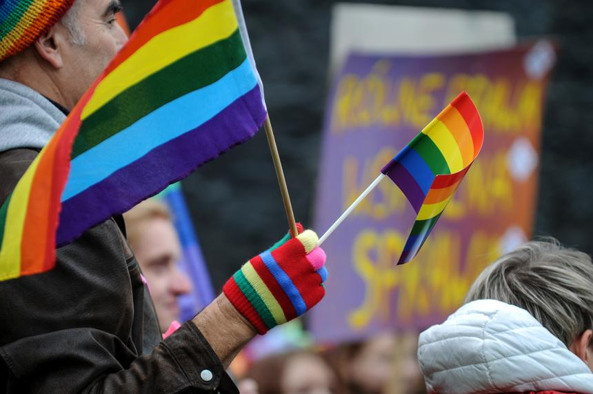 O problemie dyskryminacji osób transpłciowych wewnątrz środowiska nie mówi się głośno.