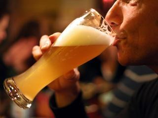 Rząd idzie na wojnę z piwem. I być może właśnie wypuścił dżina z butelki