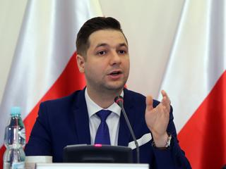 """Złapanie gwałcicieli z Rimini to efekt """"presji polskich władz"""" – twierdzi Patryk Jaki"""