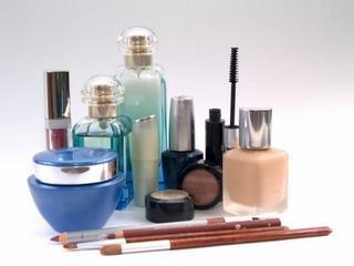 Czy rzeczywiście potrzebujesz tylu kosmetyków?