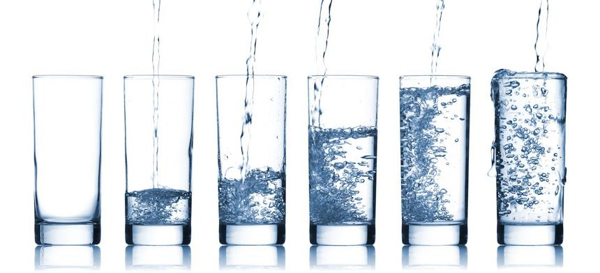Woda z kranu czy woda w butelce?