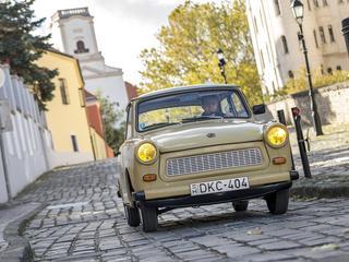 """Trabant kończy 60 lat. Jak """"plastikowa mydelniczka"""" zmotoryzowała NRD?"""