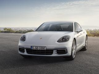 Już nawet Porsche będzie jeździć na prąd