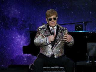 Elton John kończy karierę. Te przeboje musicie znać!