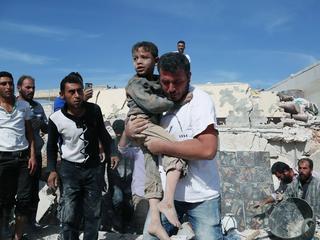 """Wojna w Syrii to trzecia wojna światowa, tyle że """"w kawałkach"""""""