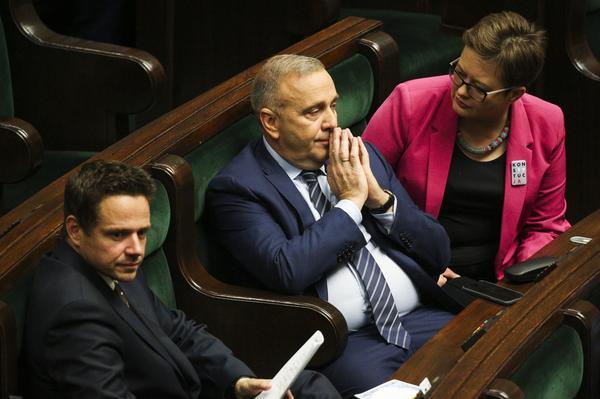 Trójskok opozycji