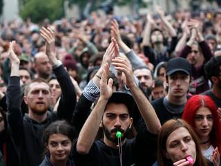 Protest w rytmie techno. Tak w Gruzji broni się wolności