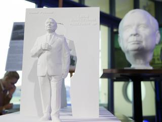 Jak będzie wyglądał pomnik Lecha Kaczyńskiego i ofiar katastrofy smoleńskiej?