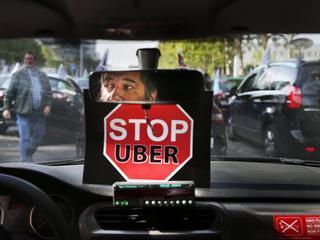 Europa kręci bat na Ubera