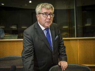 """Czarnecki na Malediwach z """"oficjalną delegacją""""?"""