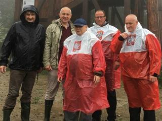Biało-czerwona drużyna: Jarosław Kaczyński w górach