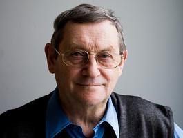 Wirus krąży po świecie: Norman Davies nie tylko o Polsce