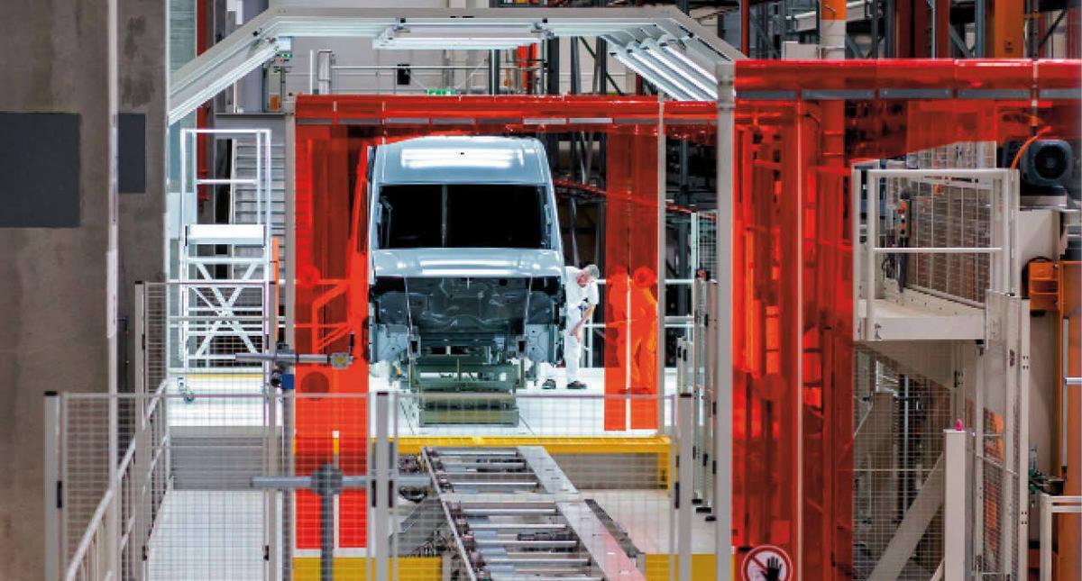 Hala produkcyjna fabryki Volkswagena we Wrześni