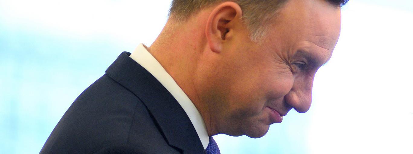 Prezydent Andrzej Duda wreczyl odznaczenia panstwowe dzialaczom samorzadowym