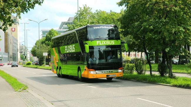 FlixBus zastępuje Polskiego Busa.