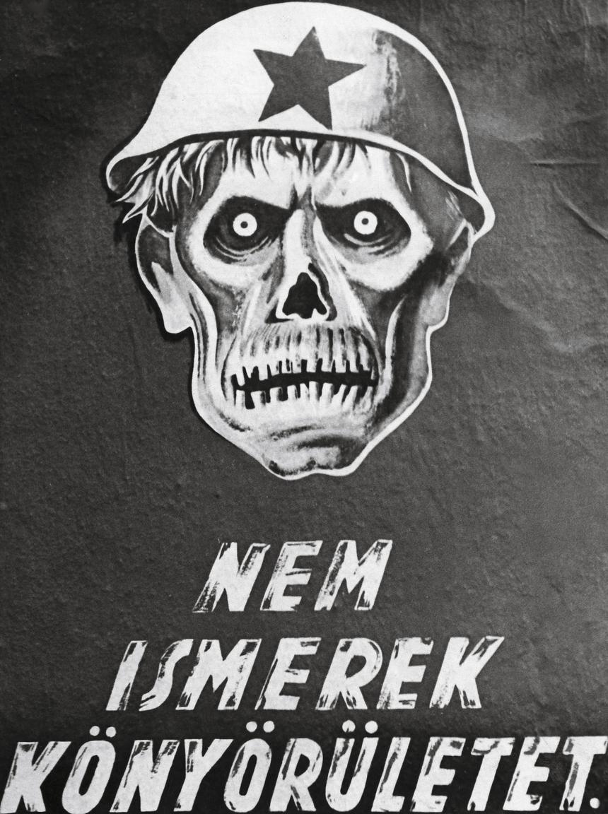 """Rozpoczęcie okupacji Węgier przez Wehrmacht w marcu 1944 r. spotkało się ze znikomym oporem. Zarówno większość armii, jak i zwykli Węgrzy widzieli w Niemcach obrońców przed """"nawałą ze wschodu"""". Na zdjęciu plakat propagandowy z 1944 r."""