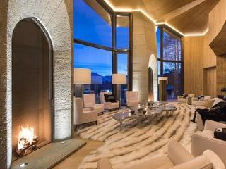 Alpejska willa Kulczyka wystawiona na sprzedaż. Ta najdroższa nieruchomość na szwajcarskim rynku robi wrażenie!