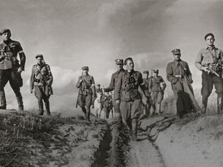 """""""Jeszcze kilkadziesiąt lat temu kult żołnierzy wyklętych by nie przeszedł"""""""