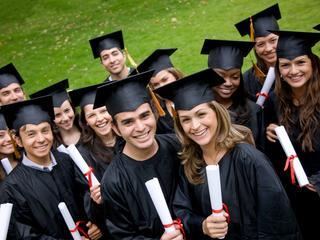 Harvard, Oxford i Cambridge zawalczą o polskich studentów