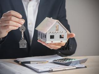 Na co zwrócić uwagę kupując dom? Ekspert radzi