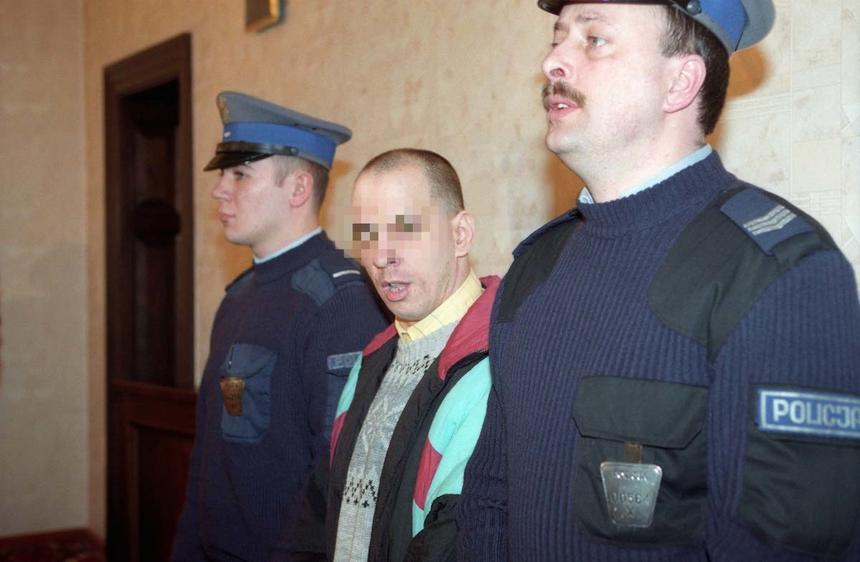 Proces Pękalskiego oskarżonego ostatecznie o 17 morderstw na tle seksualnym. Sąd Apelacyjny utrzymał w mocy wyrok. Gdańsk 04.03.1998.