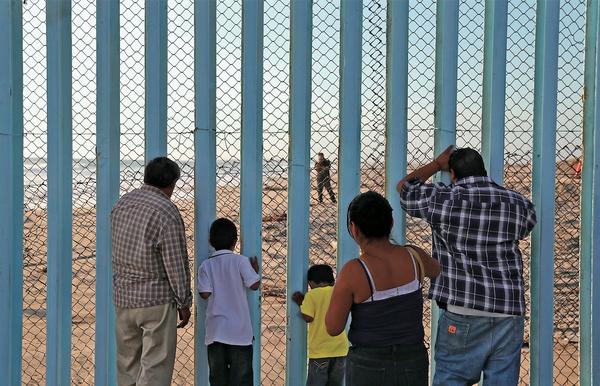 Granica między Meksykiem a Stanami Zjednoczonymi w Playas de Tijuana