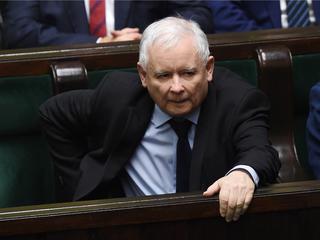Kaczyński chce ograniczyć konflikty, ale jest już za późno. Wszedł na kurs samodestrukcji