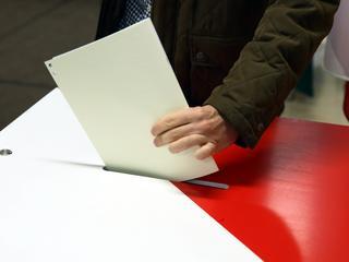 Szybko i bez konsultacji. Wiemy jak PiS zmieni ordynację wyborczą