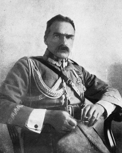 piłsudski, DUCHY