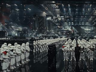 """Moc pozostanie z nami. Disney zapowiada kolejne części """"Gwiezdnych Wojen"""""""