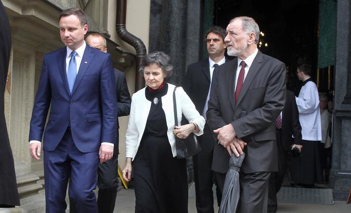 Wychowanie iklękanie, czyli prawa rodzina prezydenta Andrzeja Dudy