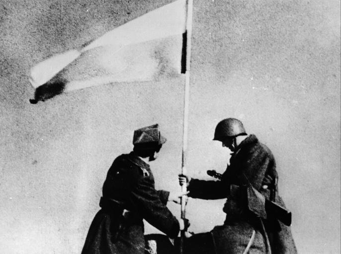 BERLIN POLSKA FLAGA