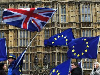 Brak żywności, paliwa i lekarstw. Wyciekł tajny raport o Brexicie