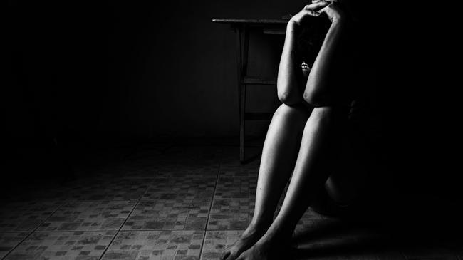 gwałt, ofiara, przemoc, molestowanie