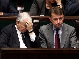 Prezes PiS Jarosław Kaczyński (L) i poseł PiS Mariusz Błaszczak (P)