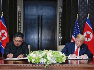Historyczne spotkanie Trumpa z Kimem