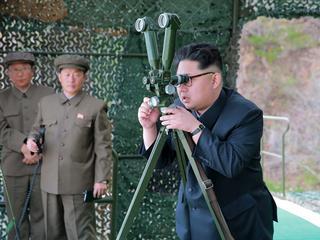 Trumpa czekają trudne rozmowy z prezydentem Chin. Korea Północna kością niezgody?
