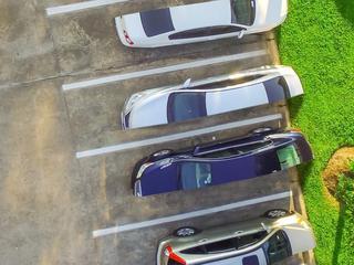 Rząd wyliczył pół parkingu na dom. To wcale nie jest zły pomysł