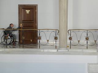 Minister Rafalska apeluje o koniec protestu rodzin osób niepełnosprawnych. Co da w zamian?